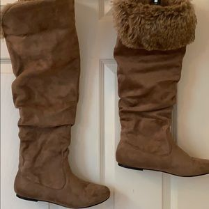 Beautiful Wild Diva faux fur lined knee high boots